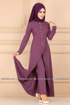 Modaselvim New Products & Hijab Istanbul Page 2 Hijab Style Dress, Modest Fashion Hijab, Abaya Fashion, Skirt Fashion, Fashion Outfits, Casual Outfits, Muslim Women Fashion, Islamic Fashion, Asian Bridal Dresses