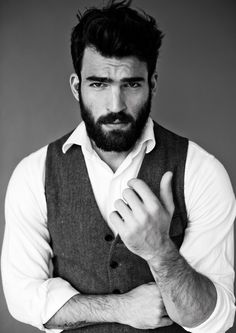 Dimitris Alexandrou If you can grow a beard like this, you owe it to humanity to do so.