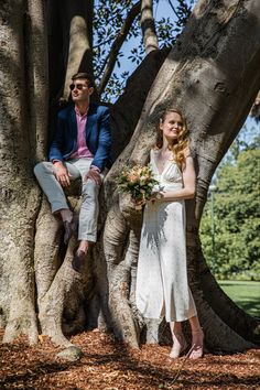 Bridal portrait shoot inspired by CK fashion look at Fitzroy Gardens Wedding Photographer Melbourne, Melbourne Wedding, Ck Fashion, Fashion Looks, Bridal Portraits, Twenty One, The Twenties, Gardens, Wedding Photography