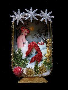 I really like the crossed themes... Christmas Mermaid? don't mind if I do! ;)