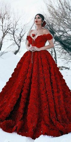 weddingdress bridalgown romance wedding dresses gothic guide dark 24 Dark Romance 24 Gothic Wedding Dresses Wedding Dresses Guide Dark Romance 24 Gothic Wedding DrYou can find dark and more on our website Red Ball Gowns, Ball Dresses, Event Dresses, Dresses Uk, Occasion Dresses, Prom Dresses, Wedding Dress Sleeves, Colored Wedding Dresses, Gown Wedding
