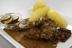 Stegt kalvelever med bløde løg og flødesauce 4 Danish Food, Carne, Cake Recipes, Steak, Beef, Denmark, Fashion, Meat, Moda