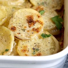 Scalloped Potatoes - - Scalloped potatoes baked in a creamy garlic and herb sauce. Thin slices of Yukon gold potatoes create tender layers in this casserole. Vegetable Recipes, Vegetarian Recipes, Cooking Recipes, Healthy Recipes, Oats Recipes, Recipies, Scalloped Potato Recipes, Scallop Recipes, Good Food