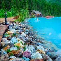 Paradise Lodge & Bungalows, Lake Louise, Banff National Park, Canadian Rocky Mountains, Alberta, Canada.