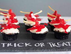 So I Married an Ax Murderer Halloween Cupcakes