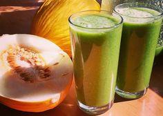 Niskokaloryczny i mocno odżywczy zielony koktajl nawadniający