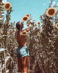 summer photography Byron Bay, Australia, V - summer Summer Dream, Summer Of Love, Summer Fun, Summer Feeling, Summer Vibes, Shotting Photo, Foto Casual, Sunflower Fields, Summer Aesthetic