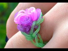 Bague élastique Rainbow Loom avec machine - how to make a rainbow loom flower ring DIY - YouTube