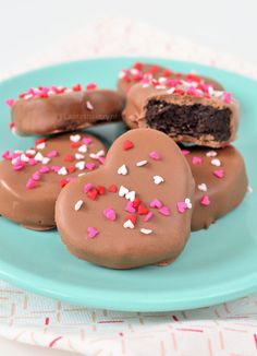 Valentine heart Oreo truffles - Valentijn Oreo truffels - Laura's Bakery