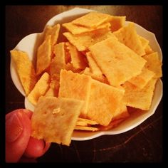 Cheez-its (Gluten/Grain/Dairy/Sugar Free) . This is a Club Angell Recipe so you'll have to join to see it. Healthy Homemade Snacks, Healthy Low Carb Recipes, Paleo Treats, Dairy Free Recipes, Yummy Snacks, Paleo Recipes, Snack Recipes, Cooking Recipes, Healthy Foods