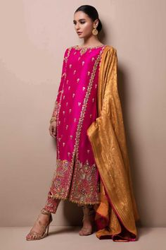 plus size clothing Pakistani Formal Dresses, Shadi Dresses, Pakistani Wedding Dresses, Pakistani Dress Design, Indian Wedding Outfits, Pakistani Outfits, Indian Outfits, Bridal Outfits, Bridal Anarkali Suits