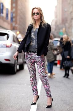 2015 Floral Pants For Women - Street Style Trends Street Style Trends, New York Fashion Week Street Style, Looks Street Style, Autumn Street Style, Looks Style, Street Style Women, Elin Kling, Love Fashion, Autumn Fashion