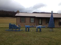 Redneck Christmas decorations