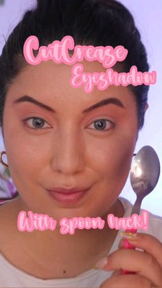 Cut Crease Eyeshadow, Purple Eyeshadow, Colorful Eyeshadow, Eyeshadow Looks, Cat Eye Makeup Tutorial, Makeup Looks Tutorial, Homemade Hair Treatments, Lesson Quotes, Prom Makeup
