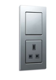 Gira E 22 Aluminium, aluminium, push switch / British Standard 1-gang socket outlet, for installation flat on the wall