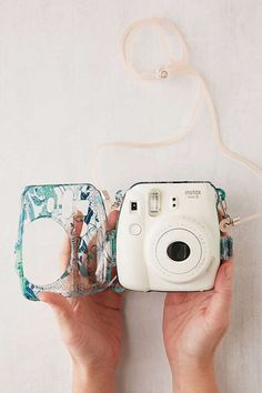 Shop Fujifilm Instax Mini Floral Hard-Shell Camera Case at Urban Outfitters today. We carry all the latest styles, colors and brands for you to choose from right here. Polaroid Instax Mini, Polaroid Camera Case, Instax Mini 9, Cute Camera, Fujifilm Instax Mini, Vintage Polaroid Camera, Camera Cover, Camara Fujifilm, Polaroid Pictures