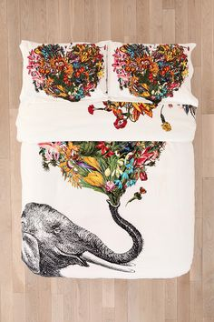 RococcoLA Happy Elephant duvet 110 shams 35 BEEN WANTING THIS FOR FOREVER!!!!! @Maria Canavello Mrasek muller