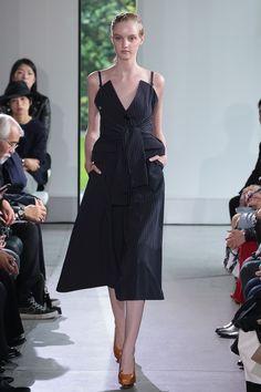 http://www.fashionsnap.com/collection/yasutoshi-ezumi/2016ss/gallery/index17.php