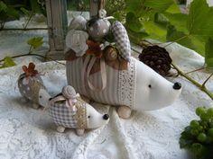 Entzückender Igel mit 2Kleinen,20cm,natur Deko im Tilda Stil, Landhaus acufactum