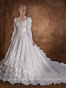 Old Fashion Weddings Wedding Dress She Can Be A Little Ideas For My Daughters In 2018 Pinterest Dresses
