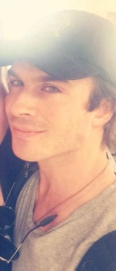 Atlanta airport 28/8/14 Ian Vampire Diaries, Vampire Diaries The Originals, Most Beautiful Eyes, Gorgeous Men, Beautiful People, Ian And Nina, Hot Vampires, Cw Series, Damon Salvatore