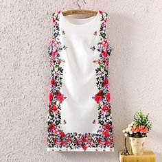 Women's Sleeveless Vintage Floral Printed Dress - USD $ 13.79