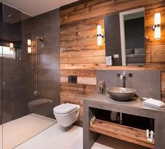 Awesome Small Wooden Vanity Ideas Modern Bathroom - Page 5 of 22 Bathroom Red, Wooden Bathroom, Bathroom Interior, Small Bathroom, Modern Bathroom Vanities, Bathroom Towels, Lavabo Design, Wooden Vanity, House Styles