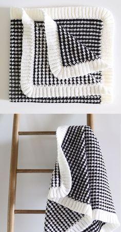 Free Pattern - BettyAnn & # s Crochet Sweater Blanket Crochet Home, Knit Or Crochet, Baby Blanket Crochet, Crochet Crafts, Single Crochet, Crochet Baby, Crochet Projects, Free Crochet, Crochet Blankets