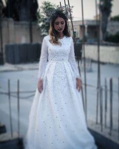 "T A L I S H U R I N on Instagram: ""Like a fairy TALI SHURIN BRIDAL SS17 #talishurin#bridal#fashion#bride#unique Photo by @sari_revach_vogel Model @peninasteiner3174 Hair…"" • Instagram"