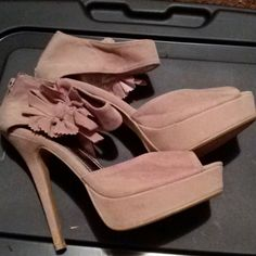 Rouge 5 inch pumps Suede with bow at ankles and zipper back. Gently used. Rouge Shoes Heels