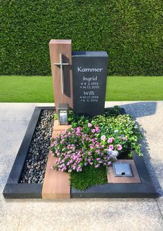 Cemetery Monuments, Cemetery Headstones, Grave Flowers, Cemetery Flowers, Cemetary Decorations, Tombstone Designs, Funeral Flower Arrangements, Church Stage Design, French Style Homes