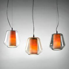 ETICA italienische Glaskunst-Pendelleuchte mit Glasschirm und Porzellan-Innenschirm. Beleuchtet.