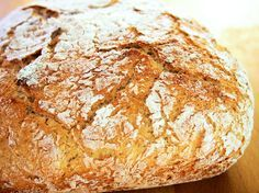 kuitupitoinen vaivaamaton pataleipä Bread Baking, Graham, Food And Drink, Recipes, Baking, Ripped Recipes, Cooking Recipes