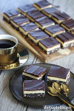 kremfløte ♥ 3 ss vaniljekrempulver (se tips) ♥ 2 ts vaniljeekstrakt ♥ 400 g melis Nanaimo Bars, Fudge, Sweets, Candy, Cookies, Chocolate, Baking, Desserts, Food