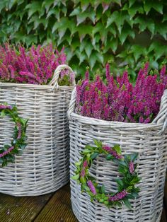 DOMOV...❤️ the wreath on a basket of Heather!