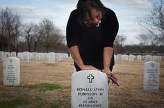 UNEXPLAINED DEATH Belinda Robinson at the grave of her son, Sgt. Ronald Robinson Jr., who died at a ... - Ashley Gilbertson for The New York Times