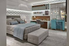Classic, lush bedroom with grey bed. By Lider Interior