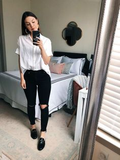 5 Cute Summer to Fall Outfits to Have On Repeat – Never Without Lipstick Classy Fall Outfits, Summer Work Outfits, Chic Outfits, Outfit Summer, Spring Outfits, Winter Outfits, Fall Transition Outfits, On Repeat, Work Casual