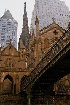 church bridge, Manhattan  - By: Lisette Eppink
