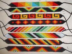 Дыхание Бисера's photos Bead Loom Designs, Beadwork Designs, Bead Loom Patterns, Beading Patterns, Bracelet Patterns, Indian Beadwork, Native American Beadwork, Bead Jewellery, Loom Bracelets