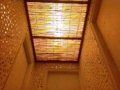 Glass pieces corridor