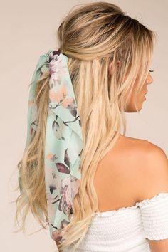 In Paris Mint Floral Scarf Ponytail Hair Tie - Summer Ideas Ponytail Hairstyles, Summer Hairstyles, Pretty Hairstyles, Girl Hairstyles, Hair Inspo, Hair Inspiration, Floral Hair, Floral Scarf, Hair Magazine