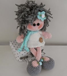 Bizzy Bee Klaske: doll