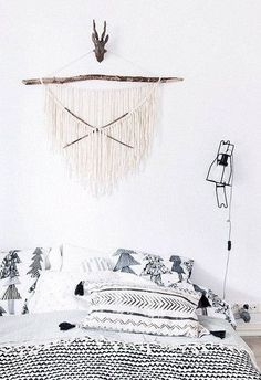headboard-alternatives-white-bedroom-macrame