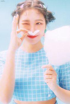 51 Trendy Ideas For Wallpaper Red Velvet Yeri Seulgi, Red Velvet イェリ, Red Velvet Irene, Kpop Girl Groups, Kpop Girls, Asian Music Awards, Red Velvet Photoshoot, Red Velvet Cookies, Kim Yerim