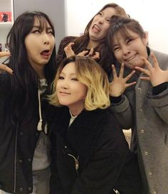 """MAMAMOO recently released a few selca shots showing them getting lots of attention as they impressed their fans with their goofy facial expressions. On January 22nd, MAMAMOO uploaded the funny photos onto their official Facebook with the caption reading,""""MAMAMOO's 'What are good looks' selcas."""""""