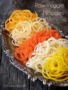Check out all the veggies noodles that I have been working on…Noodle Making / Alternatives. Raw Food Recipes, Vegetable Recipes, Healthy Dinner Recipes, Vegetarian Recipes, Cooking Recipes, Veggetti Recipes, Spiralizer Recipes, Veggie Dishes, Pasta Dishes