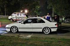 Peugeot 406, Volkswagen, New Age, Taxi, Brave, Lion, Sports, Classic Trucks, Crate