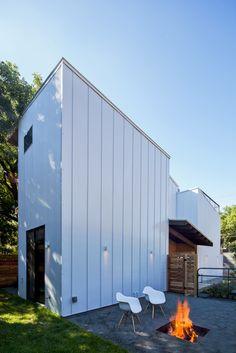 Casa de la Salud Haskell / Weaver Buildings