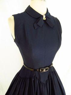 Super cute vintage style dress